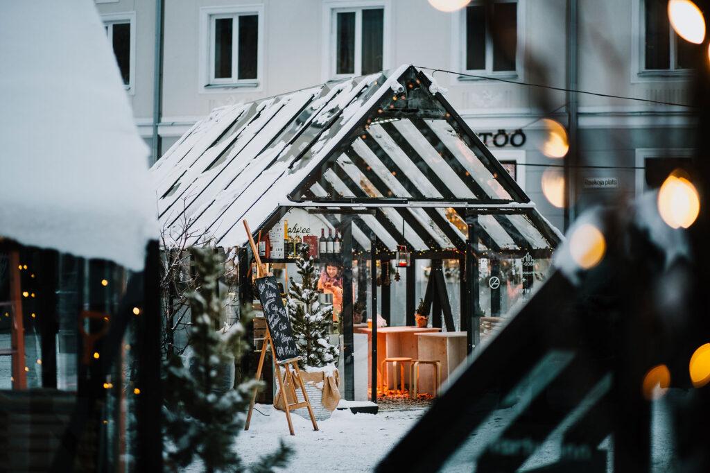Jõululinn Tartu otsib Valguskülasse ja uisuväljakule kohvikupidajaid